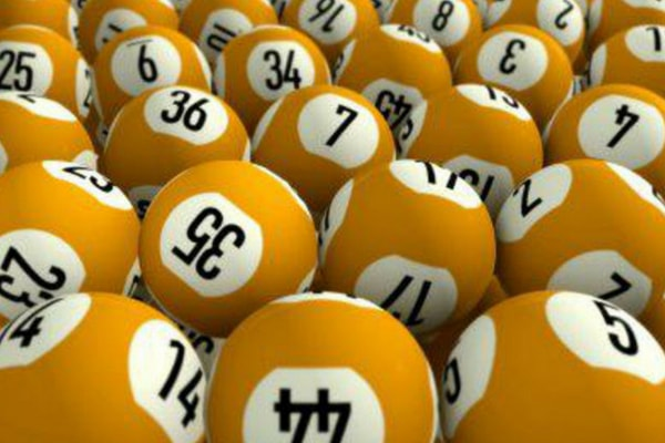 Win an epic €30,000 on Club Lotto Jackpot!